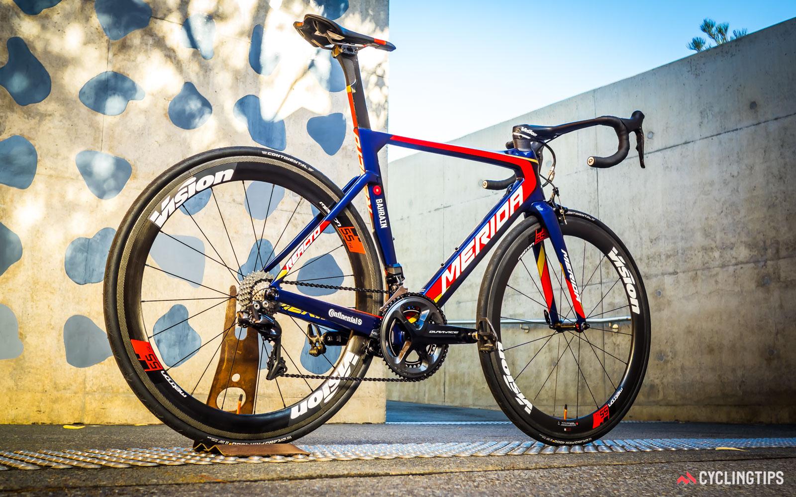 REACTO TEAM-E auf Cyclingtips.com
